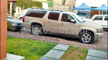 Foto venta Auto usado Chevrolet Suburban Paq D (295 Hp) Piel y DVD (2009) color Bronce precio $185,000