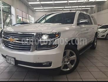 Foto venta Auto Seminuevo Chevrolet Suburban Premier Piel 4x4 (2017) color Blanco precio $920,000