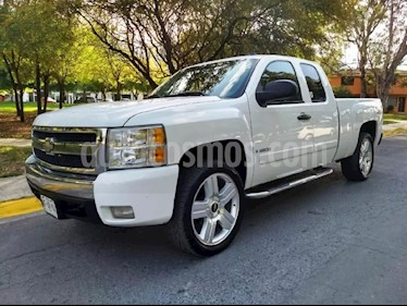 Foto venta Auto Seminuevo Chevrolet Tahoe Z71 4x4 (2007) color Blanco precio $130,000