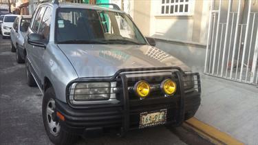 Foto venta Auto usado Chevrolet Tracker 2.0L 4x2 A (2000) color Gris Acero precio $52,800