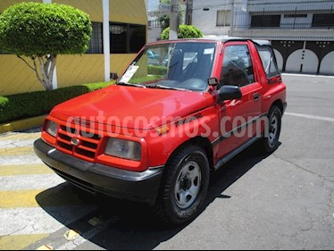 Foto venta Auto Seminuevo Chevrolet Tracker GEO (1998) color Rojo precio $99,900