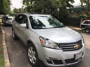 Foto venta Auto usado Chevrolet Traverse LT Piel (2016) color Plata Brillante precio $370,000