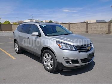 Foto venta Auto usado Chevrolet Traverse LT (2017) color Plata precio $475,000