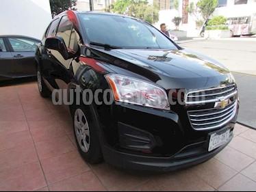 Foto venta Auto Seminuevo Chevrolet Trax LS (2016) color Negro precio $215,000