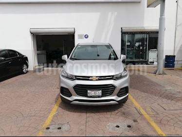 Foto venta Auto Seminuevo Chevrolet Trax LT Aut (2017) color Plata Brillante precio $280,000