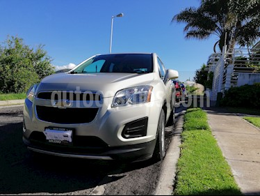 Foto venta Auto usado Chevrolet Trax LT Aut (2015) color Bronce precio $217,000