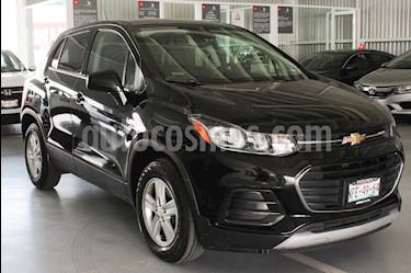 Foto venta Auto Seminuevo Chevrolet Trax LT Aut (2017) color Negro Onix precio $253,000