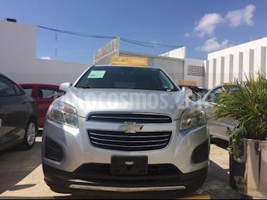 Foto venta Auto Seminuevo Chevrolet Trax PAQ B LT (2016) color Plata Brillante precio $240,000