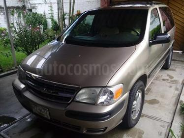 Foto venta Auto Seminuevo Chevrolet Venture 3.4L LS A Regular (2002) color Arena precio $75,000