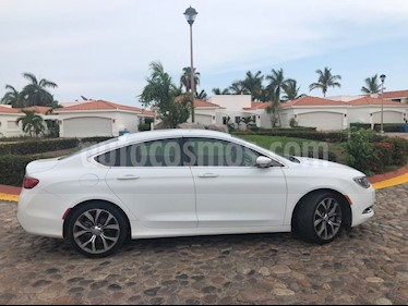 Foto venta Auto usado Chrysler 200 200C (2015) color Blanco precio $243,000