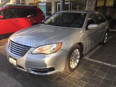 Foto Chrysler 200 2.4L Touring