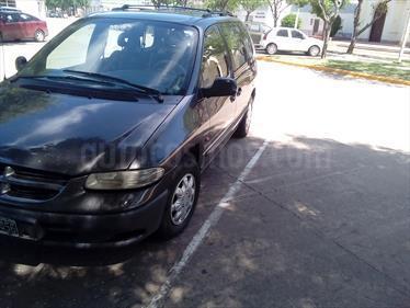 Foto venta Auto Usado Chrysler Caravan 2.4 SE  (1999) color Marron Metalico precio $140.000