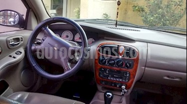 Chrysler Neon 2.0 LX AT 4P usado (2001) color Blanco precio $2.800.000