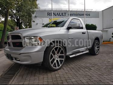 Foto venta Auto Usado Chrysler Ram 1500 Lujo Aut. (2014) color Gris Plata  precio $248,000