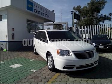 Foto venta Auto Seminuevo Chrysler Town and Country LI (2016) precio $330,000