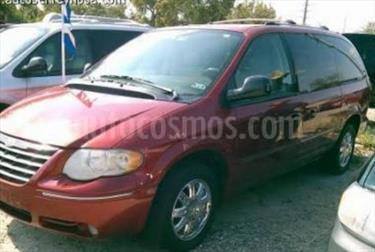 Foto venta Auto usado Chrysler Town and Country Limited 3.8L Aut (2005) color Rojo Granada precio $110,000