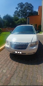 Foto venta Auto usado Chrysler Town and Country Limited 3.8L Aut (2005) color Blanco precio $83,000