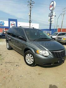 Foto venta Auto Seminuevo Chrysler Town and Country Limited 3.8L  (2007) color Gris Oscuro precio $102,000