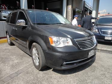 Foto Chrysler Town and Country Limited 4.0L