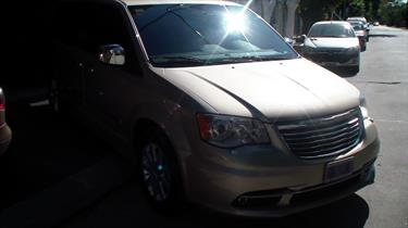 Foto Chrysler Town and Country Limited