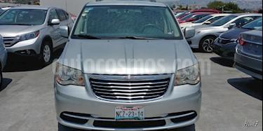 Foto venta Auto Usado Chrysler Town and Country LX 3.6L (2012) color Plata precio $195,000