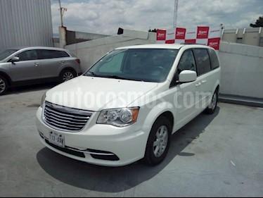 Foto venta Auto Usado Chrysler Town and Country LX 3.6L (2012) color Blanco precio $179,000