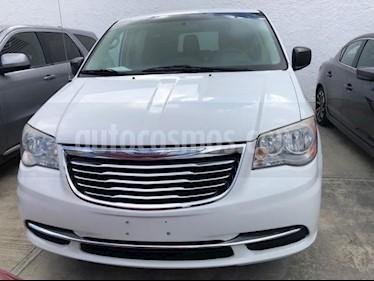 Foto venta Auto Seminuevo Chrysler Town and Country LX (2014) precio $235,000