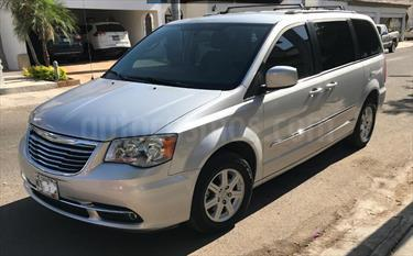 foto Chrysler Town and Country Touring Piel 3.6L