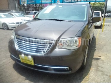 foto Chrysler Town and Country Touring Premium 4.0L