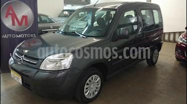 Foto venta Auto Usado Citroen Berlingo Furgon 1.4 (2013) color Gris Oscuro precio $297.000