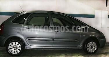 Foto venta Auto Usado Citroen Xsara Picasso 2.0i Exclusive Spirit (2006) color Gris Oscuro precio $155.800