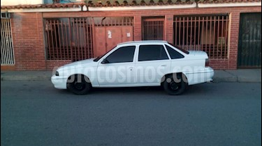 Foto venta carro Usado Daewoo Cielo BX-A (1999) color Blanco precio u$s900
