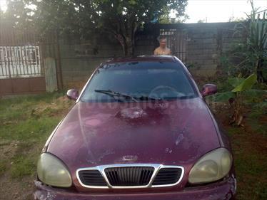 Foto venta carro usado Daewoo Lanos SX Sinc. (1998) color Rojo precio BoF14.000.000