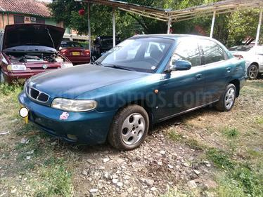 Foto venta Carro usado Daewoo Nubira SW Station Wagon (1999) color Azul precio $7.800.000