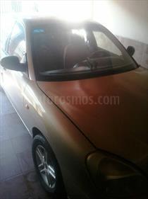 Foto venta carro usado Daewoo Nubira S Sinc. (2000) color Beige Arena precio u$s700.000
