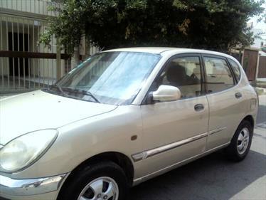 Foto venta Auto usado Daihatsu Sirion 1.0 cc (2003) color Beige precio $3,700