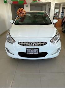 Foto venta Auto Seminuevo Dodge Attitude GL 1.6L Aut (2012) color Blanco Cristal precio $126,000