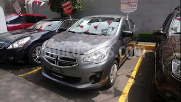 Foto venta Auto Seminuevo Dodge Attitude SE Aut (2016) color Grafito precio $139,000
