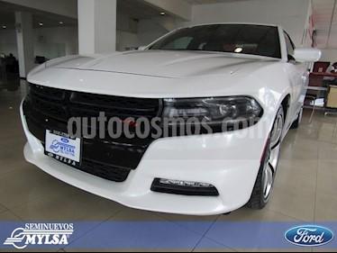 Foto venta Auto Seminuevo Dodge Charger R-T (2016) color Blanco precio $375,000