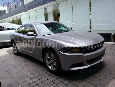 Foto venta Auto Usado Dodge Charger SE (2015) color Plata precio $329,000