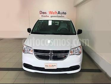 Foto venta Auto Seminuevo Dodge Grand Caravan SE (2017) color Blanco precio $329,900