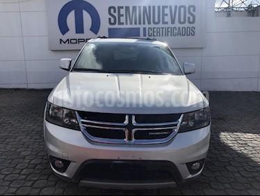 Foto venta Auto Seminuevo Dodge Journey R-T 3.6L NAV DVD (2014) color Plata precio $250,000