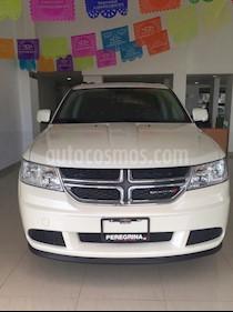 Foto venta Auto Seminuevo Dodge Journey SE 2.4L 7 Pasajeros (2017) color Blanco Perla precio $345,120