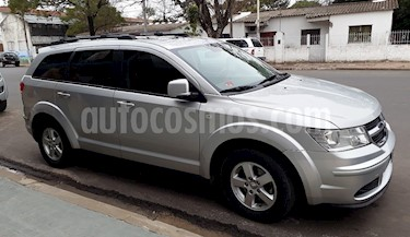 Foto venta Auto Usado Dodge Journey SXT 2.4 (2011) color Plata