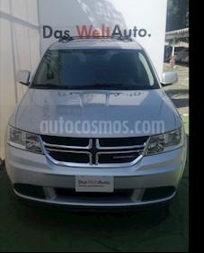 Foto venta Auto Usado Dodge Journey SXT 2.4L 5 Pasajeros (2013) color Plata precio $229,500