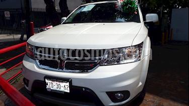 Foto venta Auto Seminuevo Dodge Journey SXT 2.4L 5 Pasajeros (2016) color Blanco precio $285,000