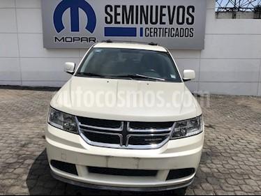Foto venta Auto Seminuevo Dodge Journey SXT 2.4L 5 Pasajeros (2012) color Crema precio $165,000