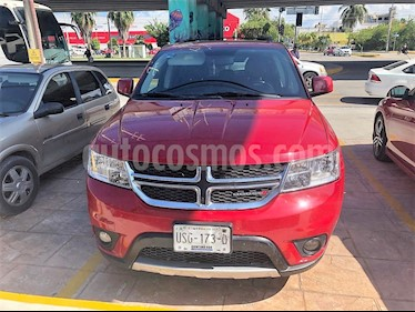 Foto venta Auto Seminuevo Dodge Journey SXT 2.4L 5 Pasajeros (2014) color Rojo precio $180,000
