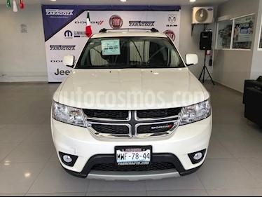 Foto venta Auto Seminuevo Dodge Journey SXT 2.4L 7 Pasajeros Plus (2016) color Blanco precio $330,000