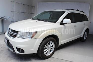 Foto venta Auto Seminuevo Dodge Journey SXT 2.4L 7 Pasajeros Plus (2014) color Blanco precio $256,000
